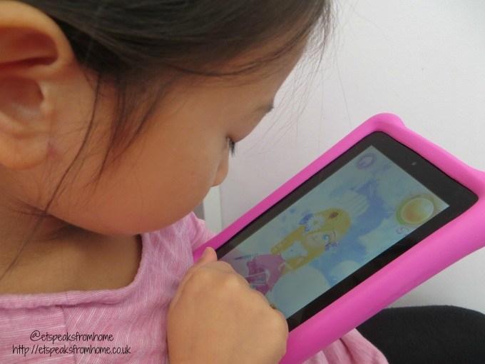 barbie dreamtopia app playing