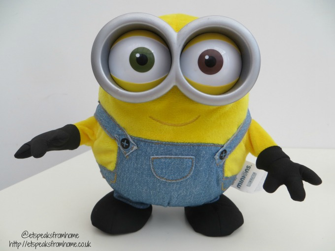minion bob sings n dance