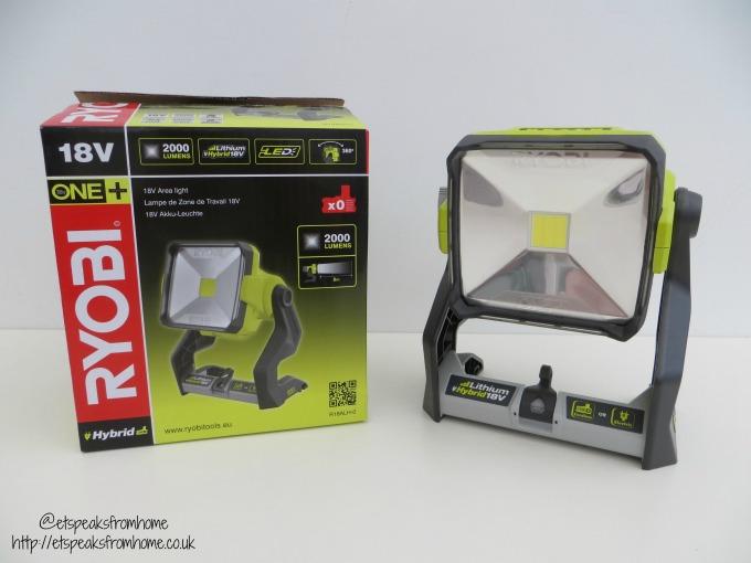 ryobi 18v area light