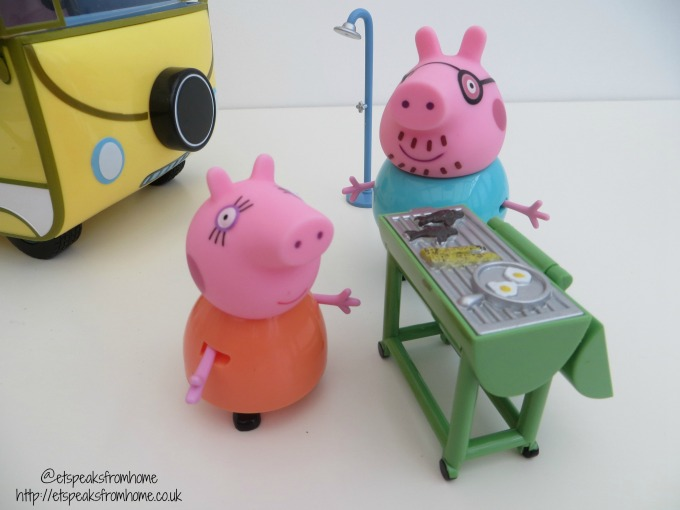 Peppa Pig campervan playset bbq