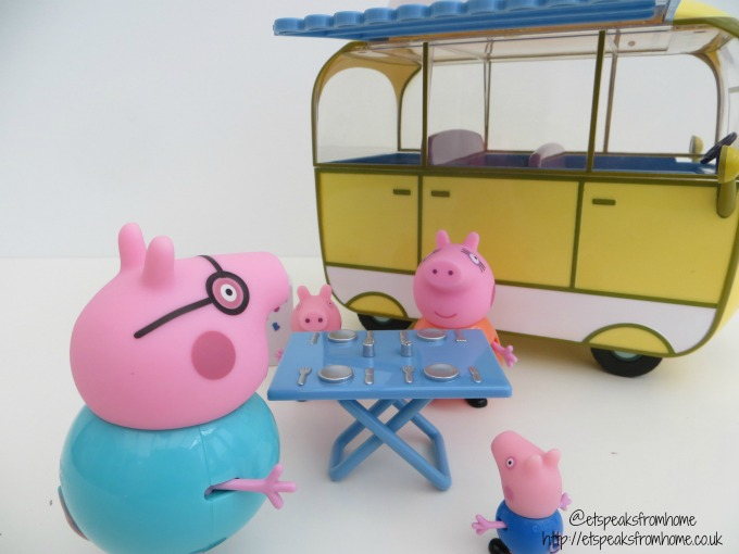 Peppa Pig campervan playset picnic table