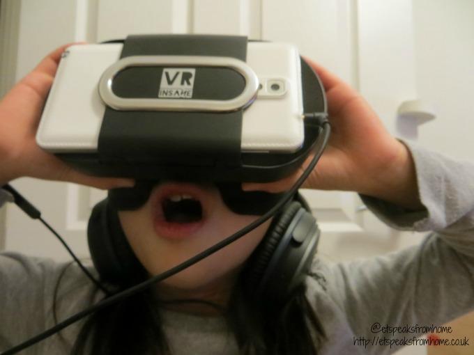 VR Insane POP360 VR Headset playing
