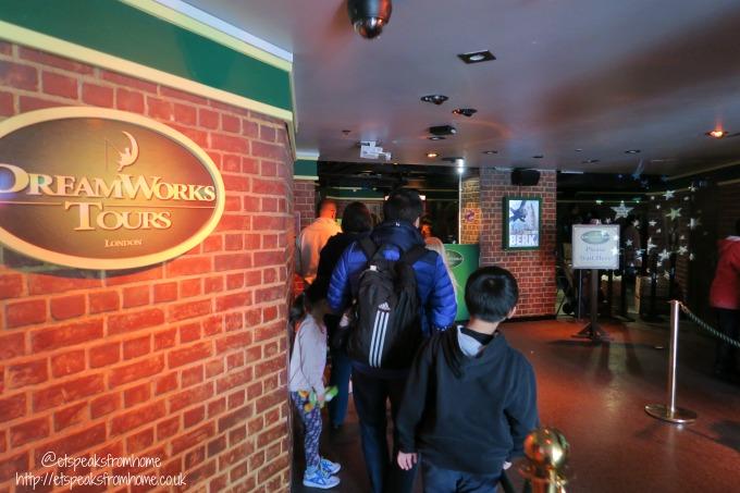 dreamworks Shrek's Adventure! London hallway