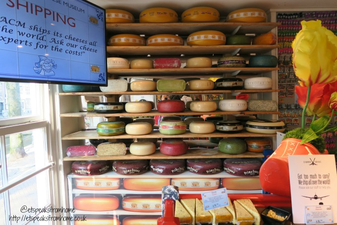 foods to try in amsterdam cheese shop