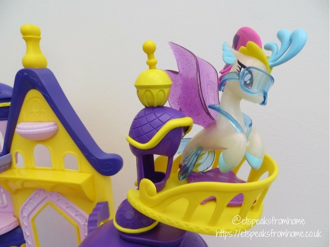 My Little Pony The Movie Canterlot and Seaquestria Playset balcony