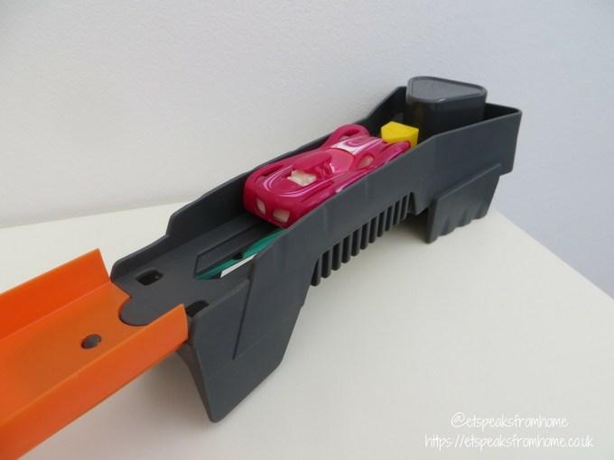 Hot Wheels Roto Revolution Track launcher pink