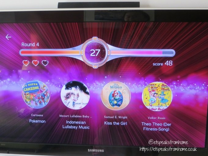ROXI Electric Jukebox name that tune game