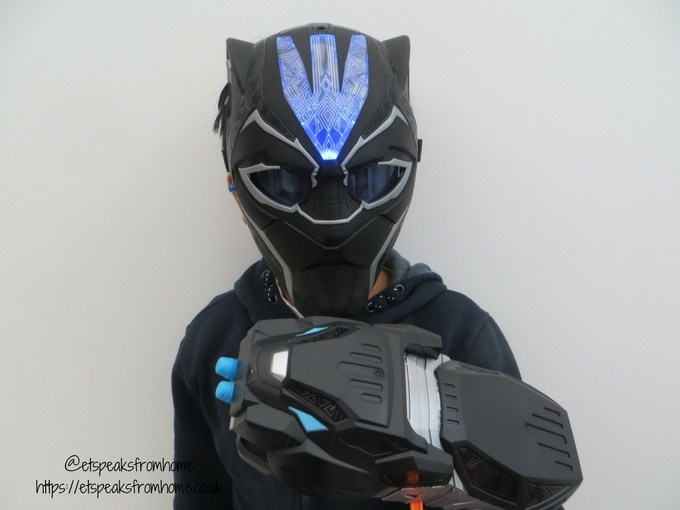 Black Panther Vibranium Mask & Strike Gauntlet
