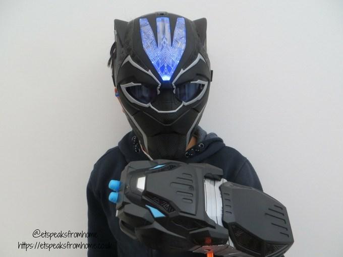 Black Panther Vibranium Mask & Strike Gauntlet