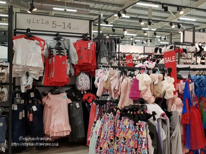 Supermarket Fashion Shop for a Photoshoot clothing