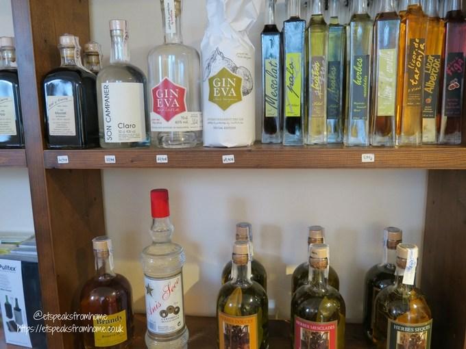 Pollensa Sunday Market, Palma Calvary Steps gin