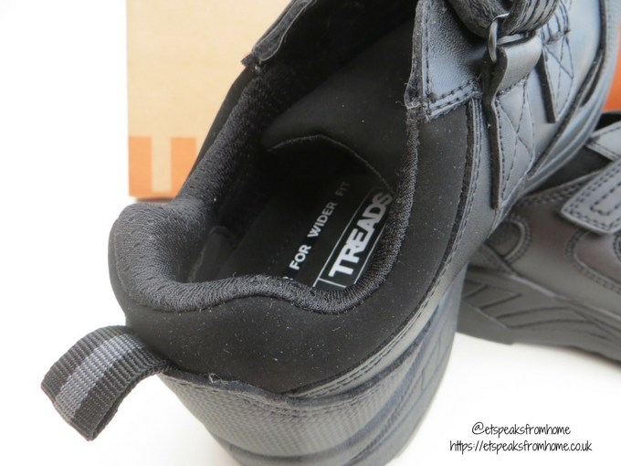 treads school shoe heel