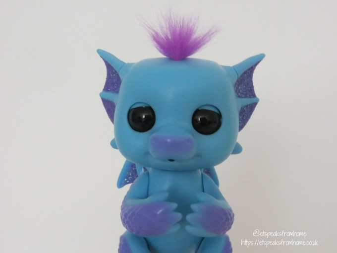 Fingerlings Baby Dragon Tara Front