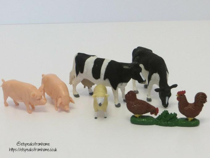Massey Ferguson Tractor Playset animals