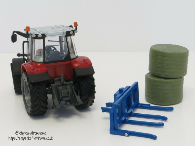 Massey Ferguson Tractor Playset fork