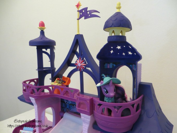 mlp Magical School of Friendship playset balacony