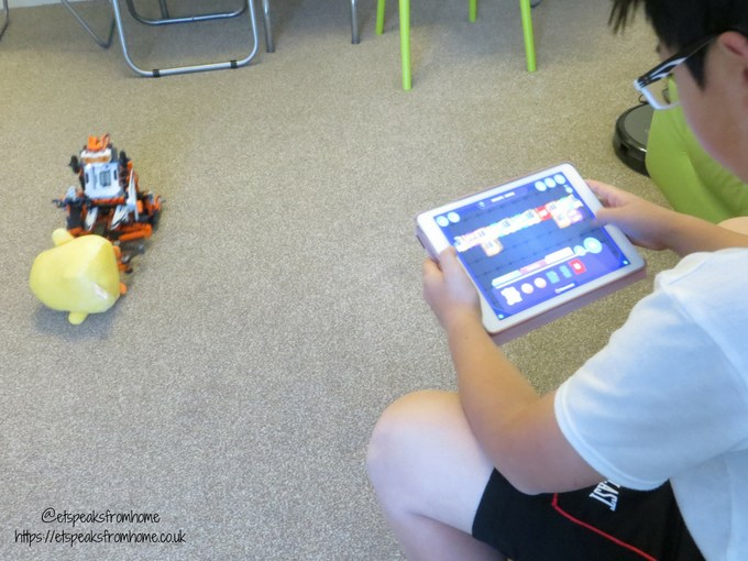 Clementoni RoboMaker Pro X5 Droid with app