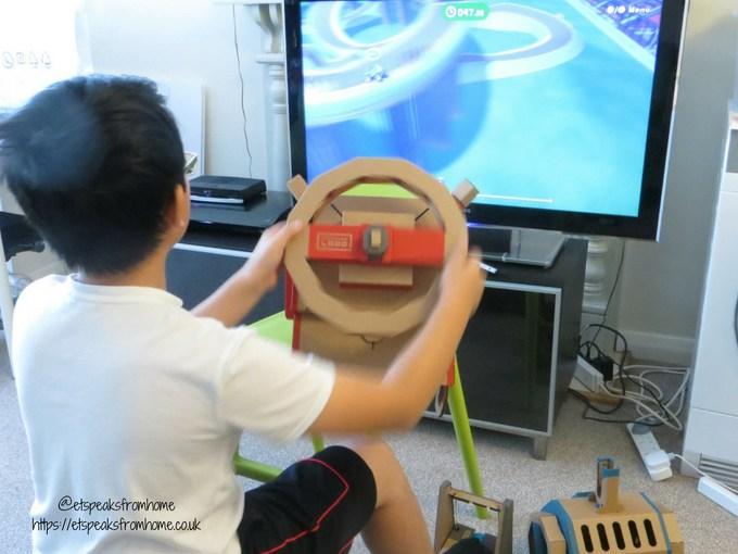 Nintendo Labo Toy-Con Vehicle Kit play