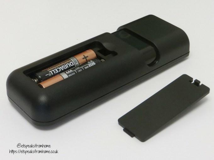 eufy robovac 11 remote control batteries compartment