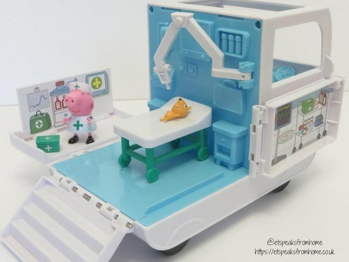 Peppa Pig Mobile Medical Centre theatre