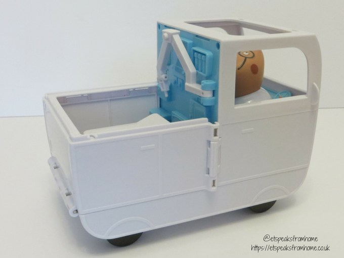 Peppa Pig Mobile ambulance