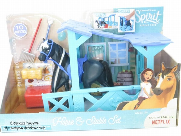 Spirit riding free Classic Horse & Stable