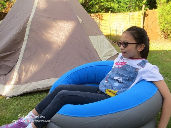 Garden Family Sleepover - Wild Night Out inflatable chair ms c