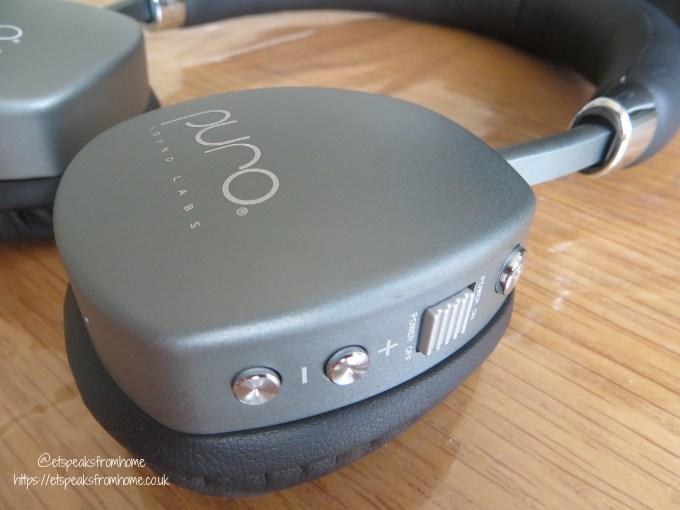 PuroQuiet Headphone buttons