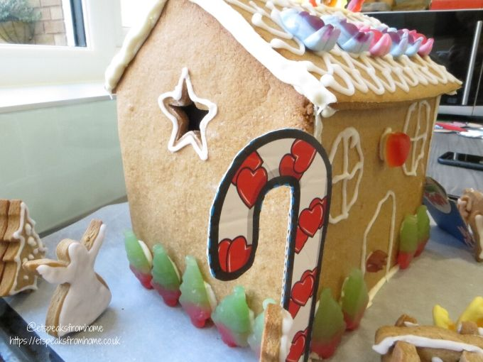 Gingerbread House with Haribo side