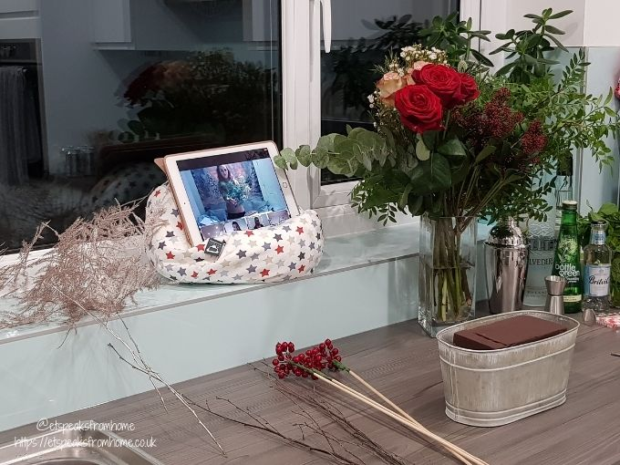 Moonpig Virtual Christmas Event 2020 flower masterclass