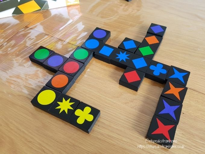 Qwirkle tiles playing