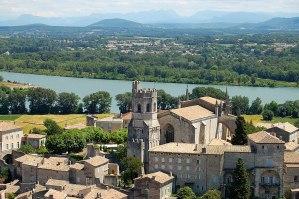 Viviers : Le village et le Rhône