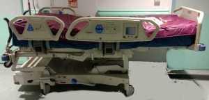 Lit de réa avec matelas anti escarre intégré