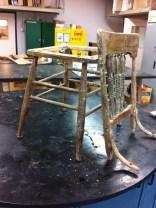 La chaise, décapée et démontée