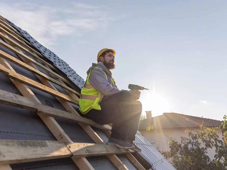 בונה גגות רעפים
