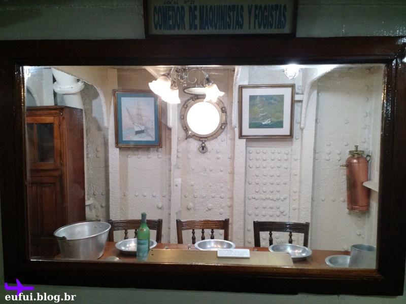 puerto madero fragata presidente sarmiento mesa jantar