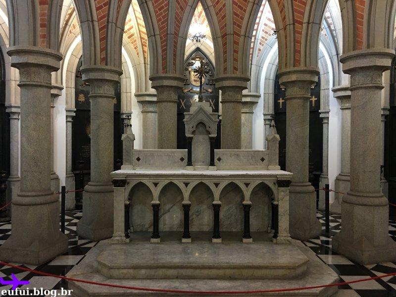 cripta da catedral da se altar