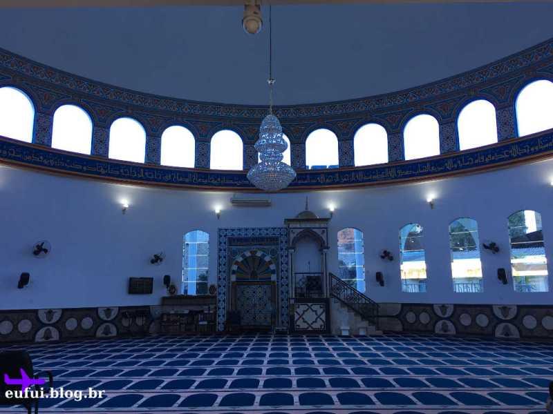 Interior da Mesquita Muçulmana de Foz do Iguaçu