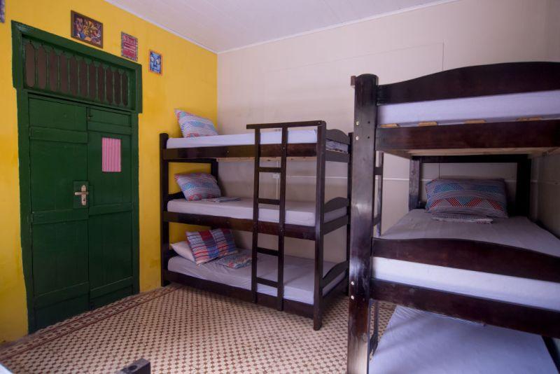 Quarto com Beliches do Tropicalista Hostel em Maragogi - Alagoas