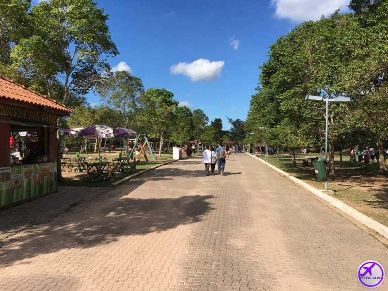 Parque do Lago Francisco Rizzo em Embu das Artes - São Paulo