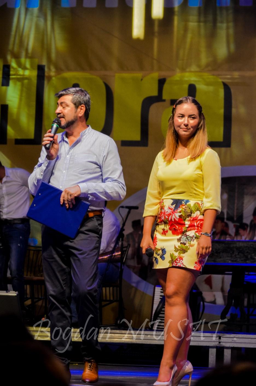 Prezentatorii festivalului: Stefan NITU si Ruxandra MUSAT