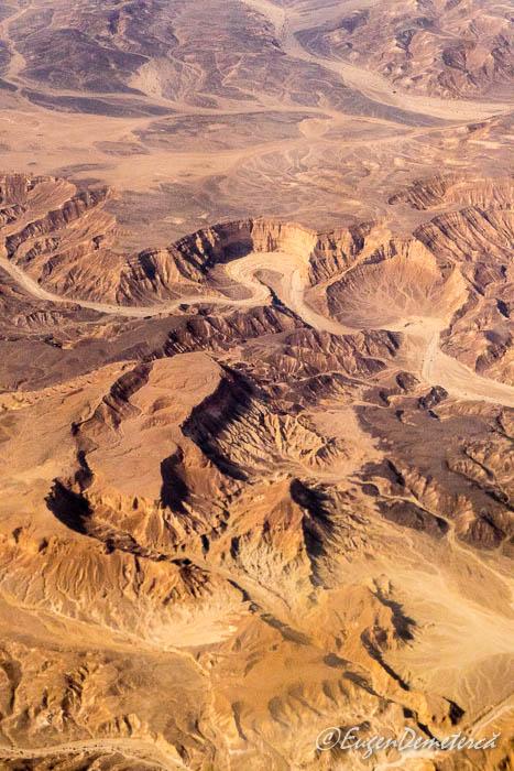 Israelul arid vazut din avion