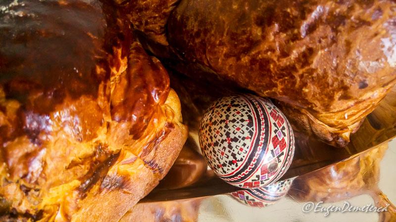 Cozonac cu ou de Paste - Paştele Regal la Săvârşin