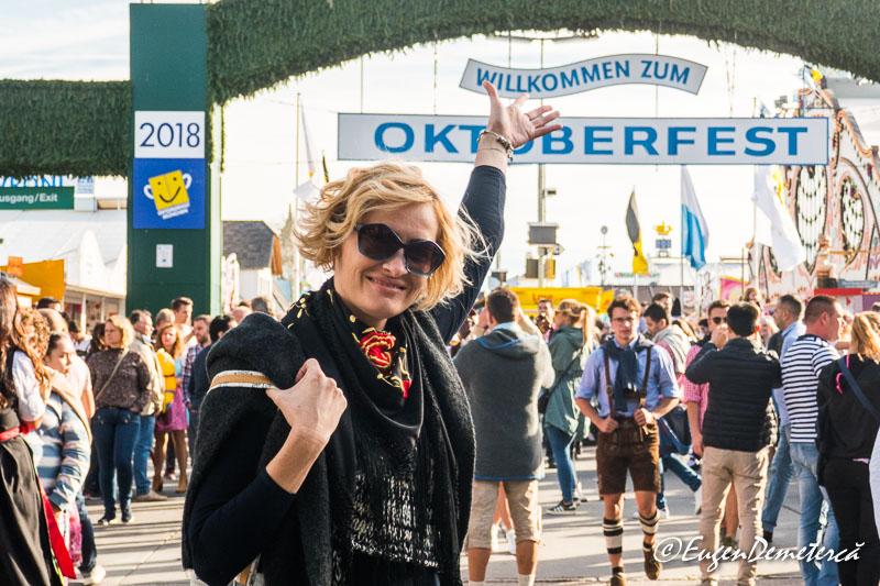 Elena la Oktoberfest