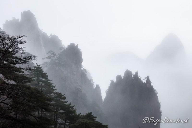 Huangshan pe ploaie