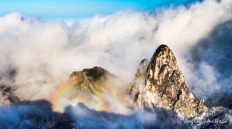 Curcubeu pe muntele Huangshan