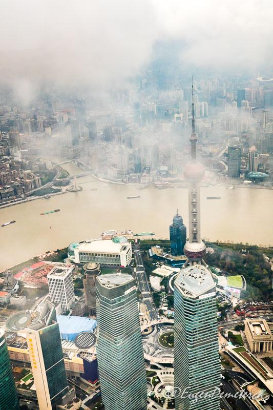 Shanghai de sus - nori deasupra raului Huangpu 3