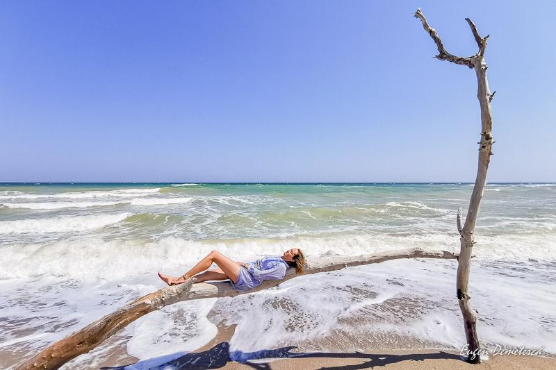 Sedinta foto pe plaja la Ezerets