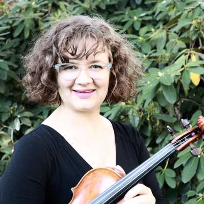 Eugene Suzuki Violin Teacher Jodie St. Clair