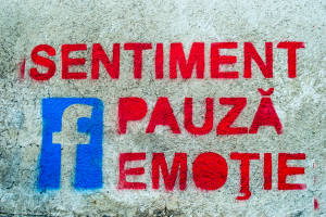 Bucuresti-stencil-sentiment-fb